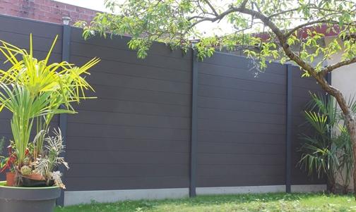 Comment procéder à la pose de clôture composite  ?